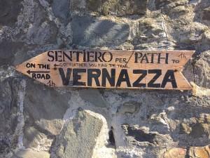 From Corniglia to Vernazza Cinque Terre www.thesweetwanderlust.com