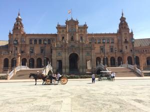 Plaza de España www.thesweetwanderlust.com